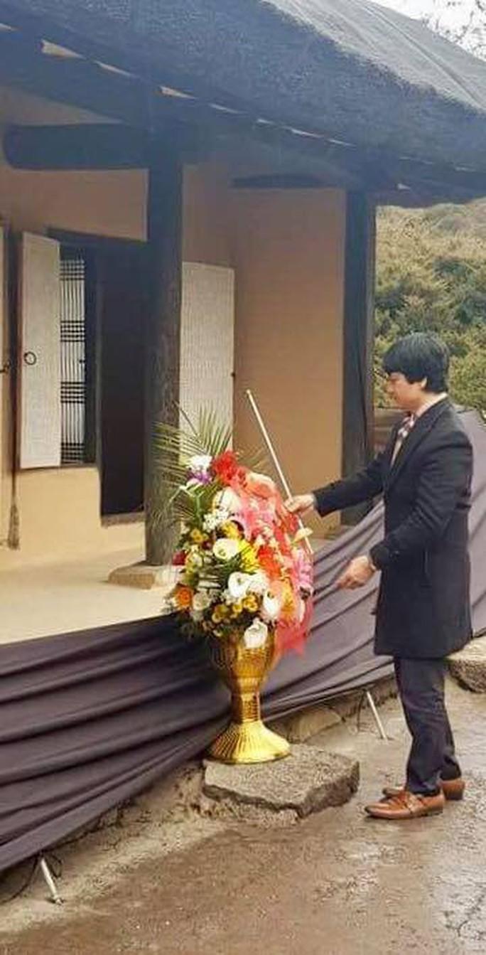 Đại sứ Việt Nam tại Triều Tiên chúc mừng sinh nhật Tổng Bí thư Kim Jong Il - Ảnh 6.