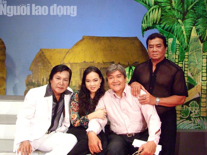 Nghệ sĩ Phương Bình 79 tuổi mê mải với nghề - Ảnh 3.