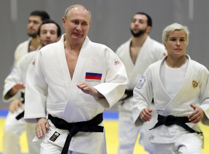 Chân dung nữ võ sĩ Judo hạ đo ván ông Putin  - Ảnh 2.