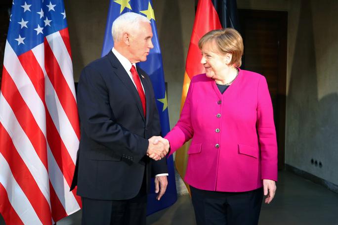 Khoảnh khắc khó xử tại Hội nghị An ninh Munich - Ảnh 1.