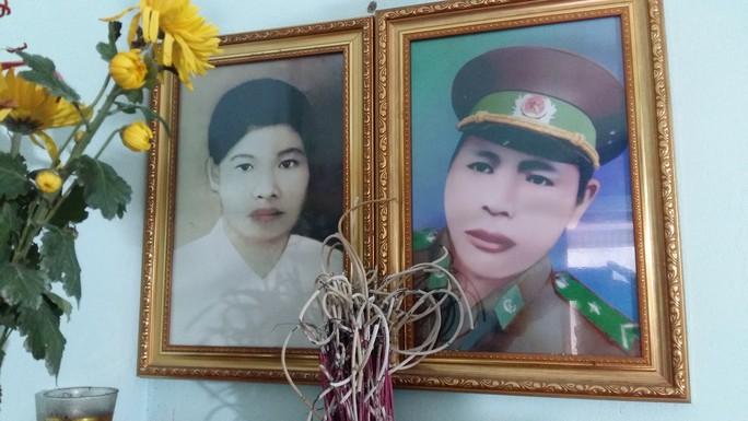 Xúc động lễ cưới đặc biệt của hai liệt sĩ hy sinh anh dũng ngày 17-2-1979 - Ảnh 1.