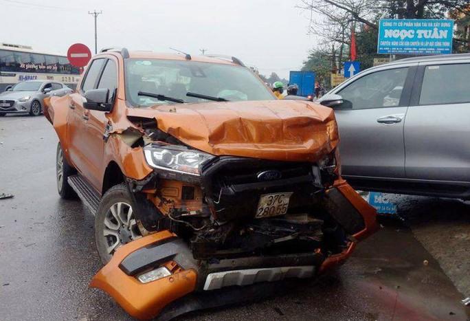 Xe container gây tai nạn liên hoàn nghiêm trọng, 4 người thương vong - Ảnh 8.