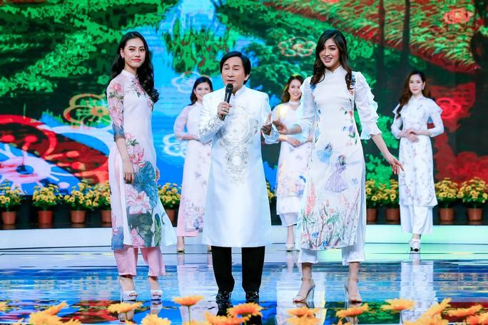 Clip: Đàm Vĩnh Hưng, NSƯT Kim Tử Long cùng chúc Tết Kỷ Hợi - Ảnh 1.