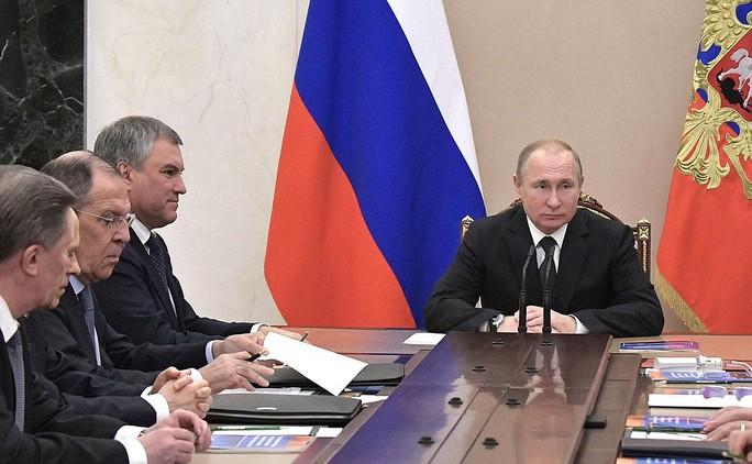 Nga sẽ chế vũ khí mới sau khi Mỹ rút khỏi hiệp ước hạt nhân - Ảnh 1.