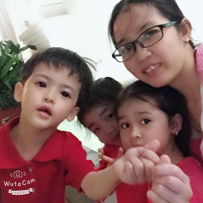 (gui ba hoi dong bai dang ngay 28 Tet)Ca sinh 5 đầu tiên ở Việt Nam bây giờ ra sao? - Ảnh 11.