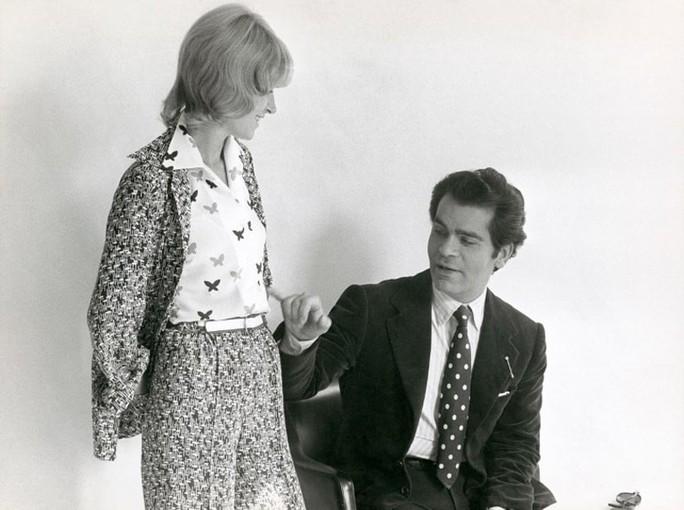 Những khoảnh khắc đáng nhớ của bố già thời trang Karl Lagerfeld - Ảnh 2.