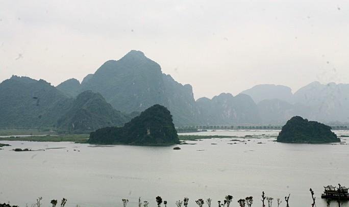 Cận cảnh ngôi chùa lớn nhất thế giới ở vịnh Hạ Long trên cạn - Ảnh 5.