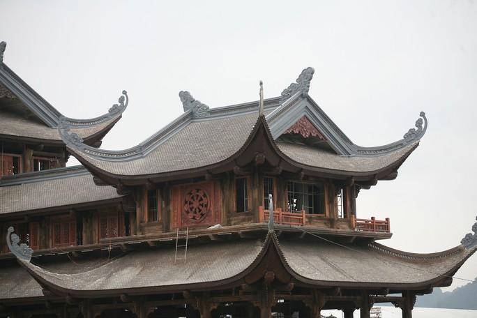 Cận cảnh ngôi chùa lớn nhất thế giới ở vịnh Hạ Long trên cạn - Ảnh 9.