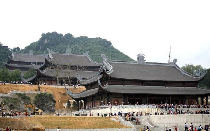 Cận cảnh ngôi chùa lớn nhất thế giới ở vịnh Hạ Long trên cạn - Ảnh 8.