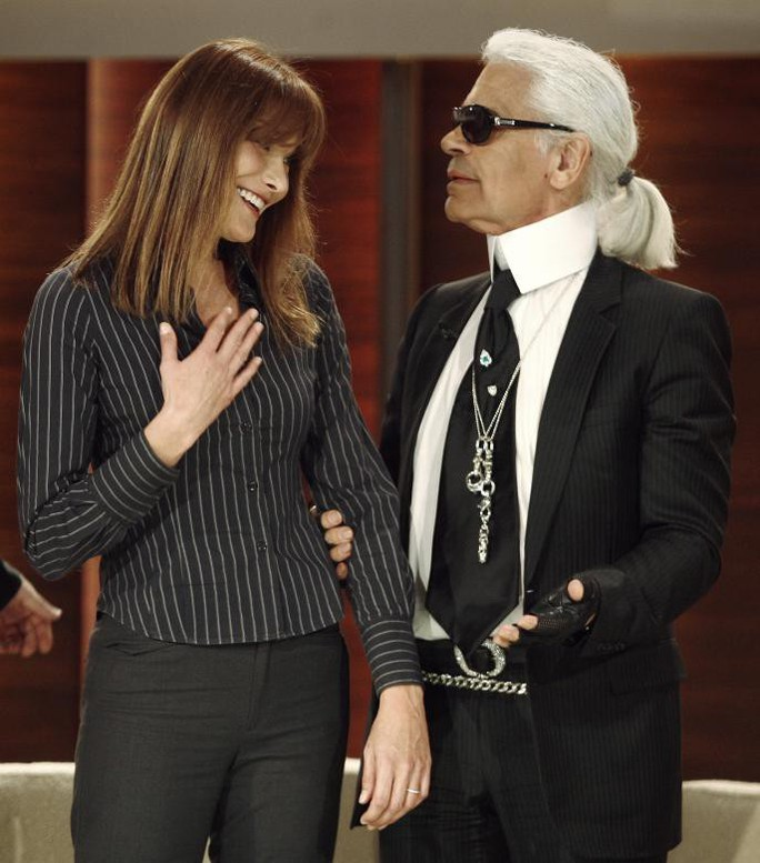 Những khoảnh khắc đáng nhớ của bố già thời trang Karl Lagerfeld - Ảnh 10.