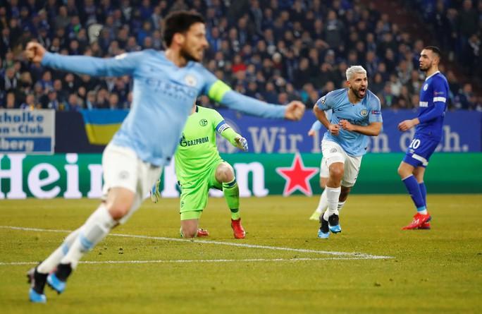 Ngược dòng điên rồ, Man City hạ Schalke 04 trên đất Đức - Ảnh 4.