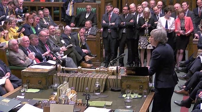 Anh: 15 bộ trưởng thách thủ tướng - Ảnh 1.