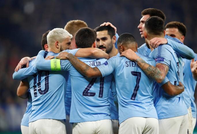 UEFA sắp tước quyền tham dự Champions League của Man City - Ảnh 2.