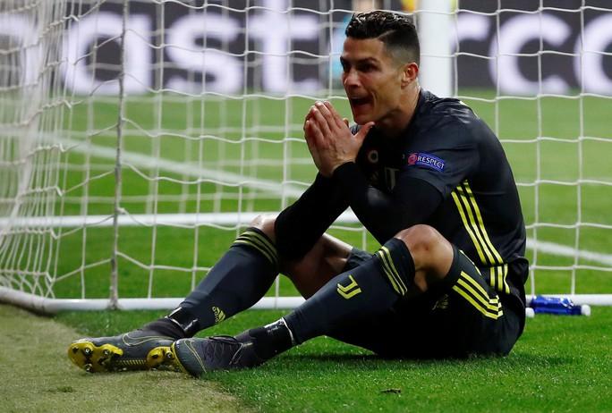 Ronaldo trắng tay ngày về Madrid, Juventus lâm nguy - Ảnh 3.