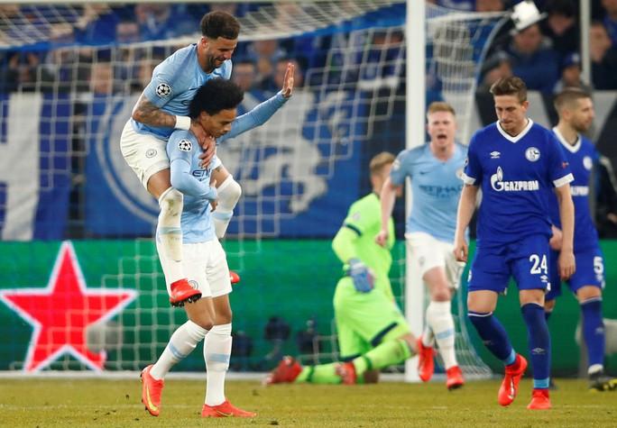 Ngược dòng điên rồ, Man City hạ Schalke 04 trên đất Đức - Ảnh 6.