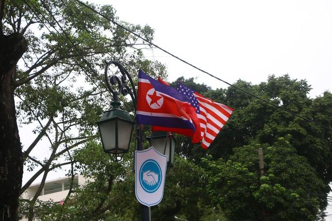 Đột nhập đại bản doanh tác nghiệp của 3.000 phóng viên đưa tin thượng đỉnh Mỹ-Triều - Ảnh 17.