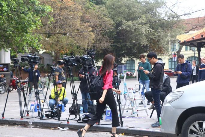 Đột nhập đại bản doanh tác nghiệp của 3.000 phóng viên đưa tin thượng đỉnh Mỹ-Triều - Ảnh 20.