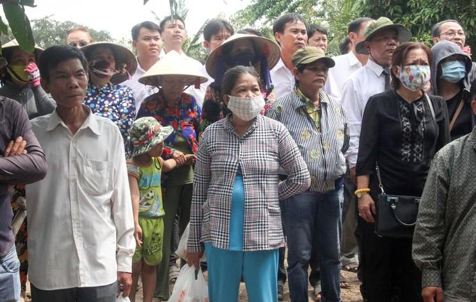 Phó Chủ tịch UBND TP HCM Nguyễn Thị Thu đã yên nghỉ nơi quê nhà - Ảnh 1.