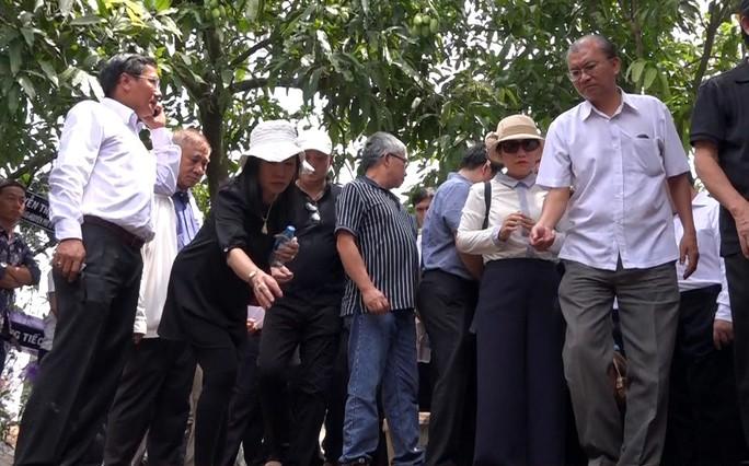 Phó Chủ tịch UBND TP HCM Nguyễn Thị Thu đã yên nghỉ nơi quê nhà - Ảnh 5.
