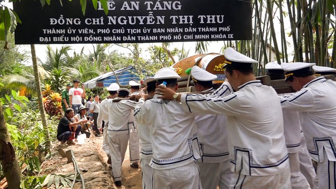 Phó Chủ tịch UBND TP HCM Nguyễn Thị Thu đã yên nghỉ nơi quê nhà - Ảnh 21.