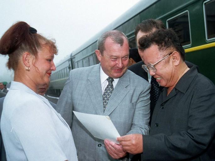 Bên trong đoàn tàu bọc thép của ông Kim Jong-un  - Ảnh 10.