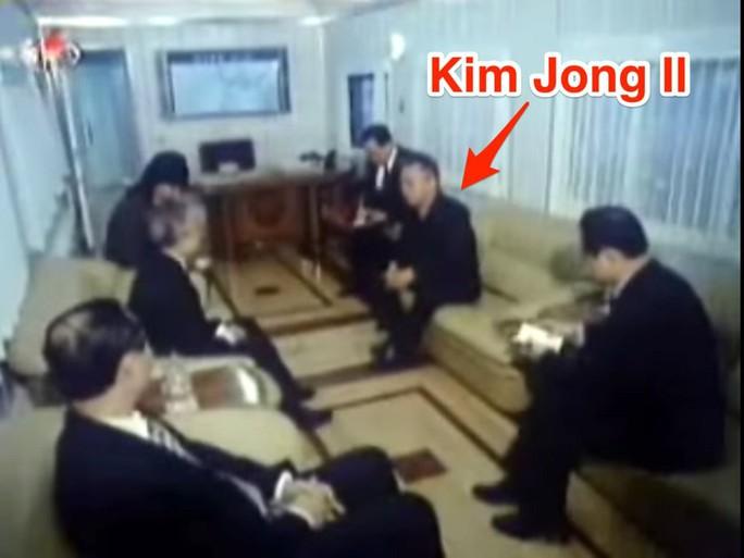 Bên trong đoàn tàu bọc thép của ông Kim Jong-un  - Ảnh 7.