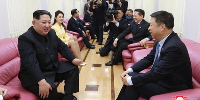 Bên trong đoàn tàu bọc thép của ông Kim Jong-un  - Ảnh 5.
