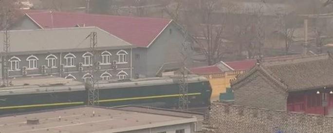 Bên trong đoàn tàu bọc thép của ông Kim Jong-un  - Ảnh 1.