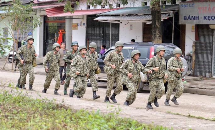 Nhiều lớp an ninh thắt chặt tối đa ở ga Đồng Đăng trước Thượng đỉnh Mỹ-Triều - Ảnh 3.