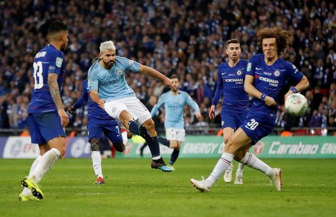 Nghẹt thở đá luân lưu, Man City bảo vệ thành công League Cup - Ảnh 2.