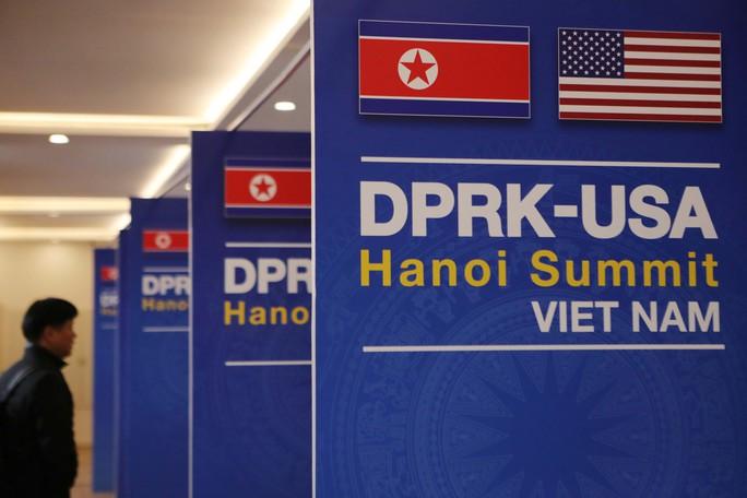 Cận cảnh ngôi nhà chung IMC của hơn 3.000 phóng viên tác nghiệp thượng đỉnh Mỹ-Triều - Ảnh 8.