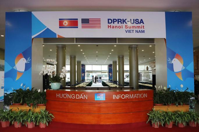 Cận cảnh ngôi nhà chung IMC của hơn 3.000 phóng viên tác nghiệp thượng đỉnh Mỹ-Triều - Ảnh 4.