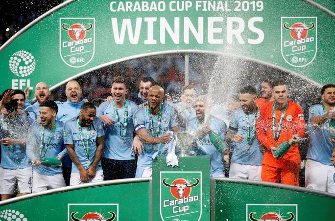 Nghẹt thở đá luân lưu, Man City bảo vệ thành công League Cup - Ảnh 10.