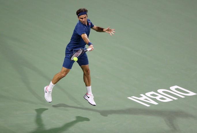 Federer khởi đầu suôn sẻ chặng đường chinh phục danh hiệu thứ 100 - Ảnh 5.