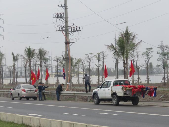 Hải Phòng: Chạy nước rút trang hoàng đô thị chào đón Đoàn Triều Tiên tới thăm - Ảnh 4.