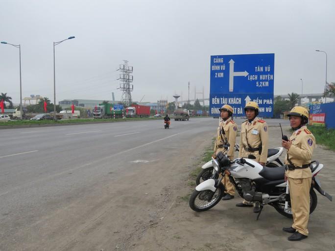 Hải Phòng: Chạy nước rút trang hoàng đô thị chào đón Đoàn Triều Tiên tới thăm - Ảnh 5.