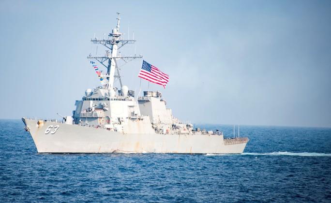 Mỹ đưa tàu qua eo biển Đài Loan, chọc giận Trung Quốc - Ảnh 1.