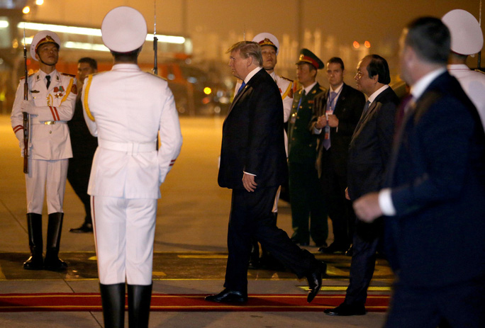 Thượng đỉnh Mỹ - Triều: Hai nhà lãnh đạo ăn tối hơn một giờ rưỡi - Ảnh 3.
