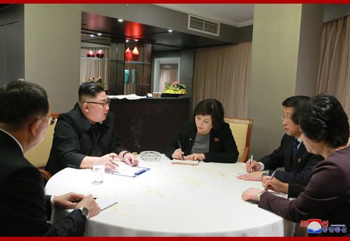 Đau đầu chuẩn bị bữa tối của hai ông Donald Trump và Kim Jong-un - Ảnh 3.