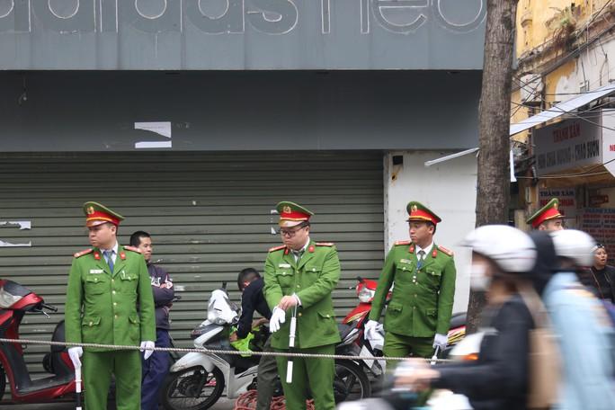 Thượng đỉnh Mỹ-Triều: Thắt chặt an ninh ở phố cổ Hàng Bông - Ảnh 6.