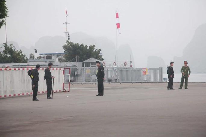 3 phó chủ tịch Đảng Lao động Triều Tiên thăm vịnh Hạ Long - Ảnh 12.