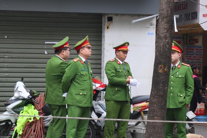 Thượng đỉnh Mỹ-Triều: Thắt chặt an ninh ở phố cổ Hàng Bông - Ảnh 9.