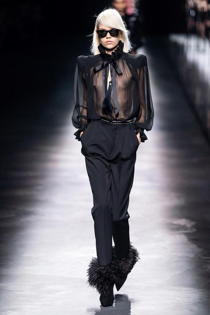 Người mẫu thả rông, truyền thông điệp giải phóng cơ thể - Ảnh 5.