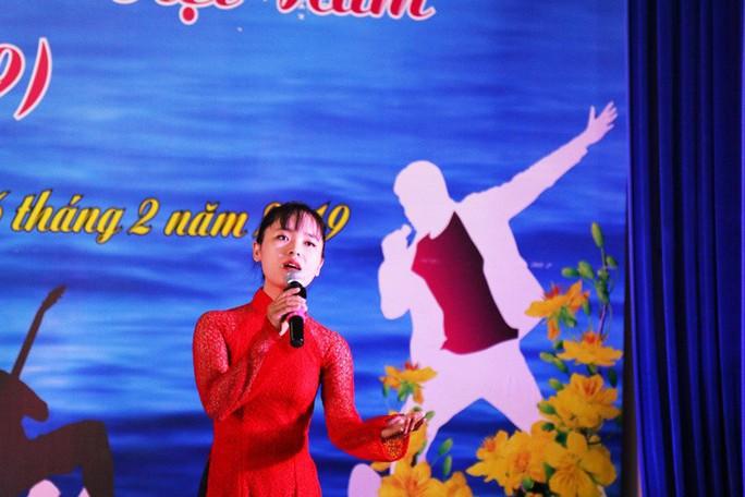Sôi nổi hội thi tiếng hát ngành Y tế tỉnh Khánh Hòa - Ảnh 3.