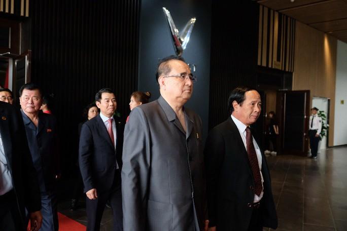 Đoàn lãnh đạo cấp cao Triều Tiên thăm Vinfast, VinEco - Ảnh 5.