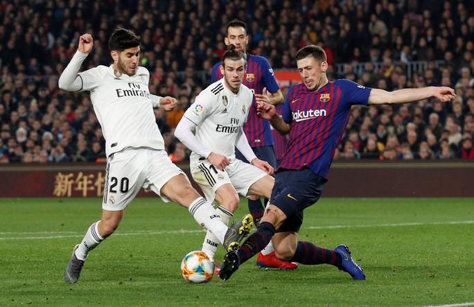 Real Madrid – Barcelona: Cuộc chiến sinh tử ở Bernabeu - Ảnh 1.