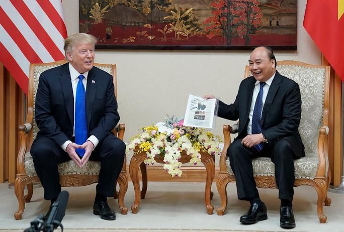 """Đến Việt Nam, Tổng thống Donald Trump thấy """"như được trở về nhà! - Ảnh 1."""