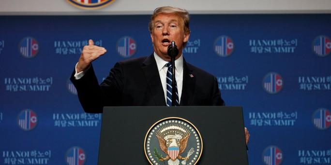 Tổng thống Trump gửi lời cảm ơn Việt Nam trên Không lực 1 - Ảnh 1.
