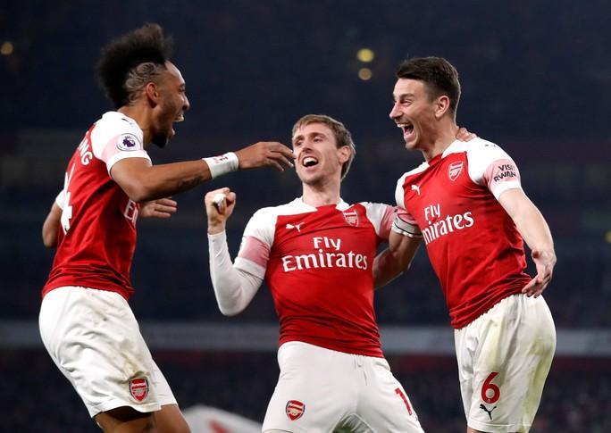 Đại gia đua ngôi đầu Ngoại hạng, Man United đại thắng Crystal Palace - Ảnh 10.