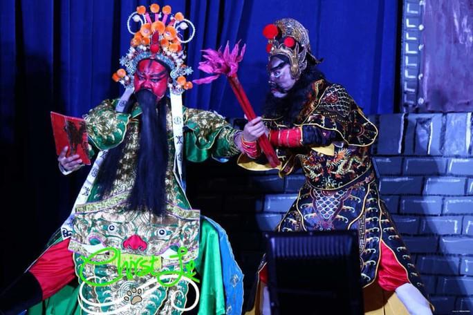 Hậu duệ gia tộc Minh Tơ nhân rộng quân số - Ảnh 1.